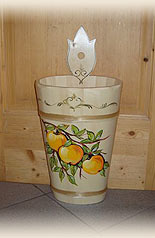 umbrella stand with apple